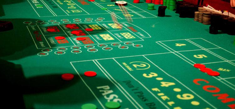 Les dés dans les jeux de casino 1. Le craps